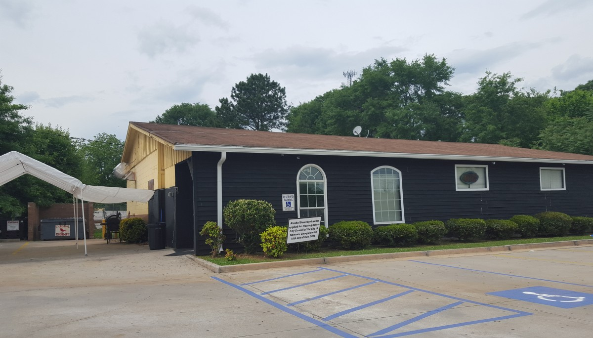 Oasis Bar & Grill Opens Just South of Downtown Newnan | The City Menus
