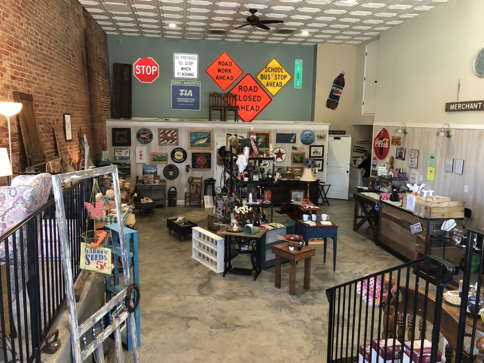 Antiques And Collectables Opens In Downtown Bowdon