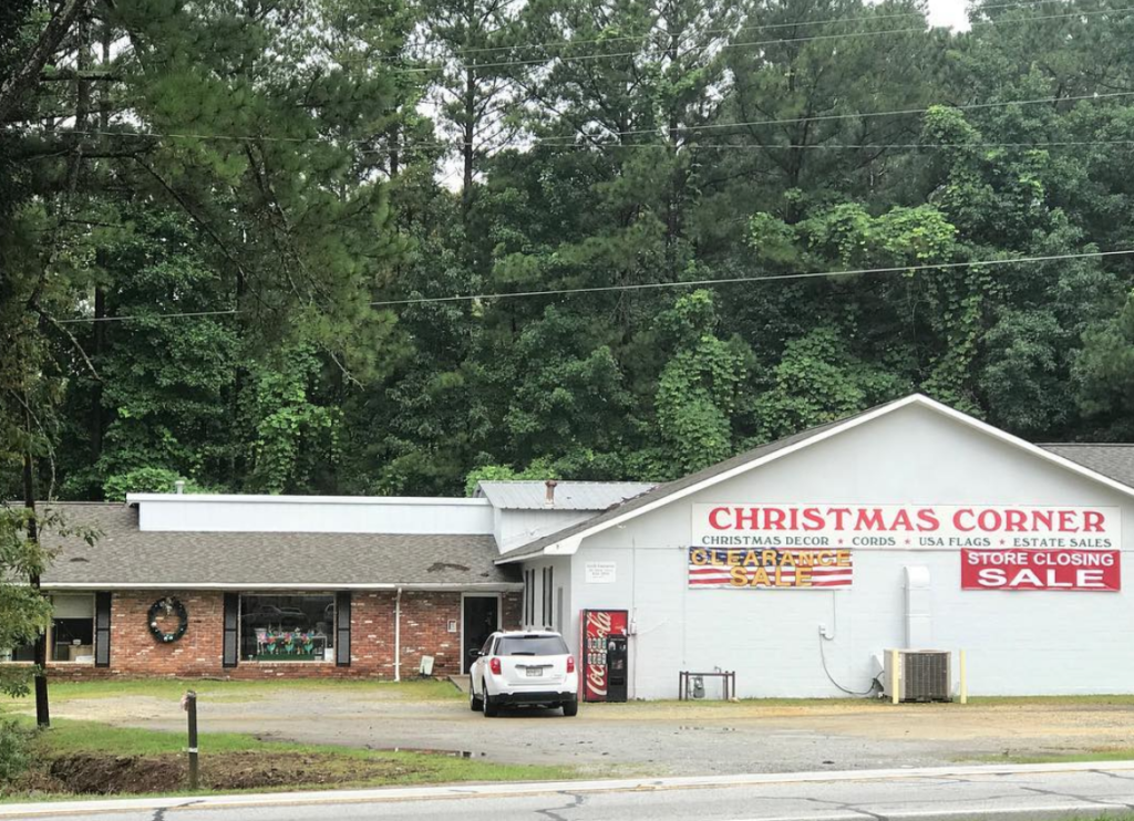 One Of West Georgias Longest Standing Christmas Decoration Stores Is Closing Its Doors After Being In Business For 60 Years